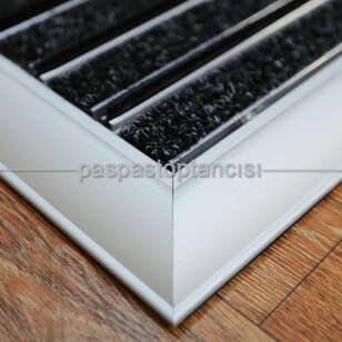 Alüminyum Paspas Bukle Halı Fitilli ve Fırça Sıyırıcılı UM1000F Siyah - Thumbnail